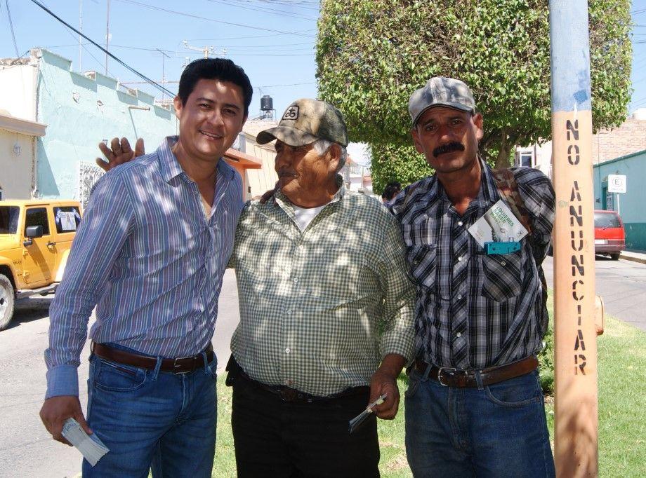 Photo of Buscaría Adolfo Alfaro atraer industria a Manuel Doblado