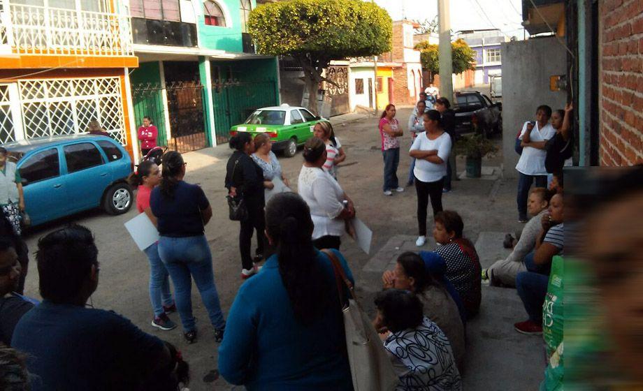Photo of Beneficiarias de PROSPERA denuncian hostigamiento del PRI, en Irapuato