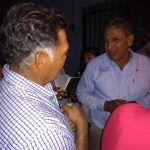 Juan José García visita colonia Juárez