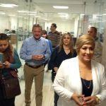 Pide el voto Ricardo Ortiz en dependencias municipales
