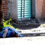 Identifican a presuntos homicidas que mataron a mujer en Pénjamo
