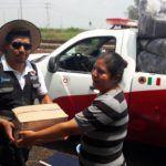 Distribuyen insumos para la población en riesgo de inundación