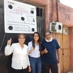 Acompañada de sus padres, Ana Bueno sale a votar