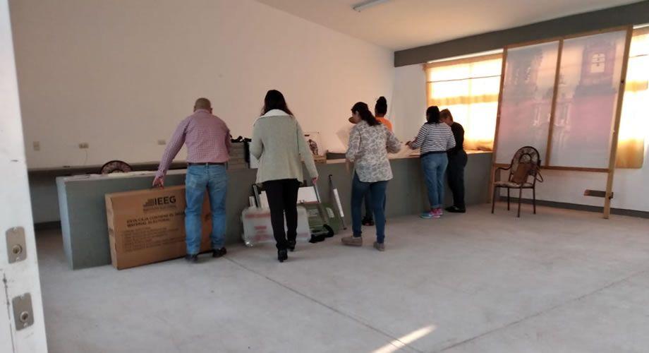 Photo of Con retraso abrieron la mayoría de casillas en Abasolo