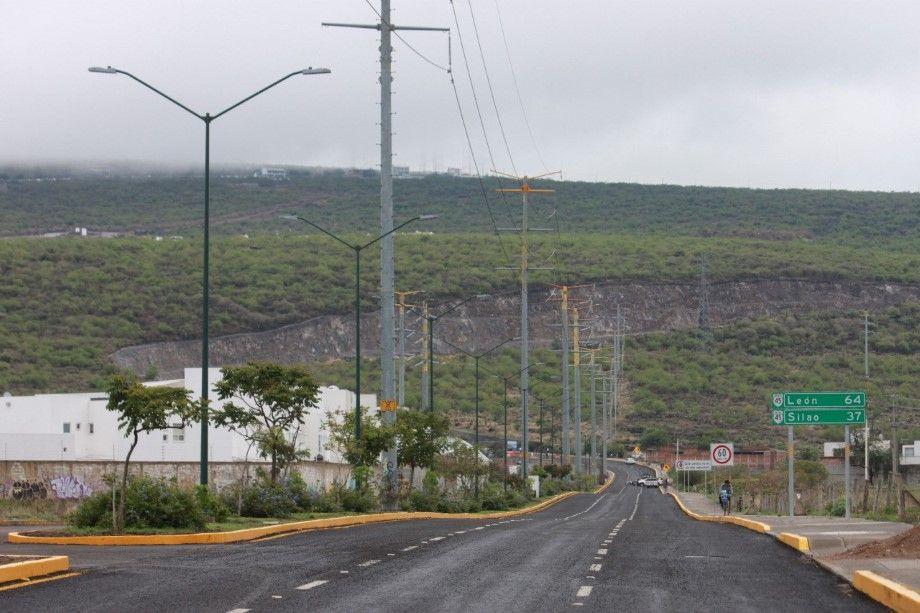 Photo of Se registra primer accidente en el Cuarto Cinturón Vial, vuelca auto