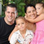 Padres sí tienen un hijo favorito, según estudio