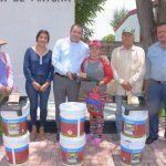 Entregan Pintura a comunidades Refugio de Ayala y El Tepocate