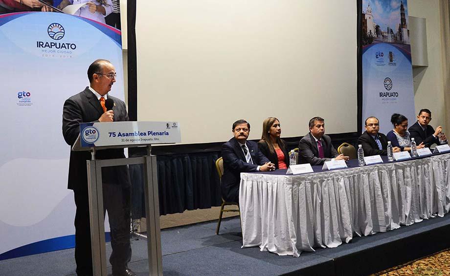 Photo of La alianza de contralores Estado-Municipio cumplió con Guanajuato en el tema de transparencia: Patiño Barragán