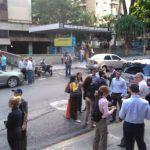 Sismo de magnitud 7.3 sacude Venezuela -videos-
