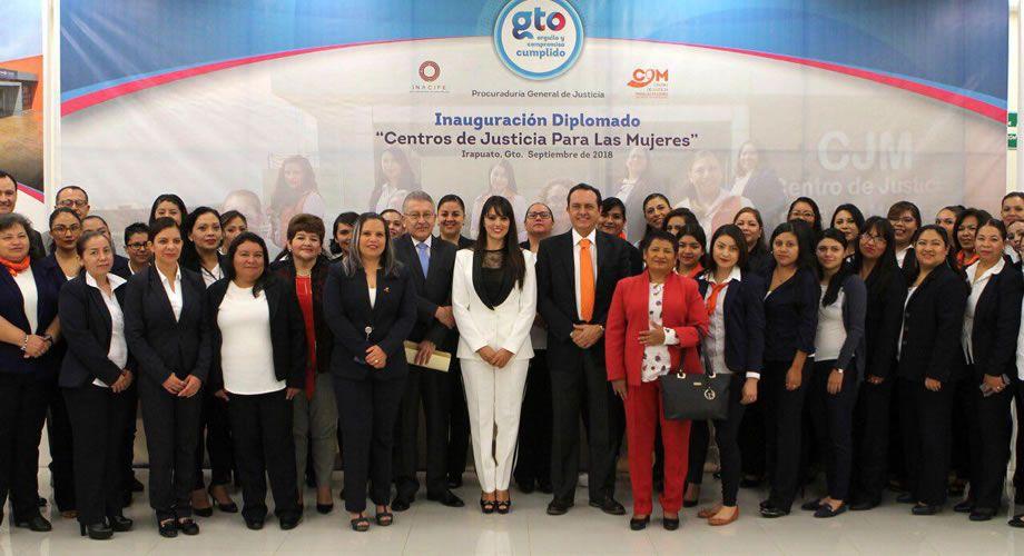 Photo of Inicia el Centro de Justicia para las Mujeres de la PGJE, el Diplomado en Centros de Justicia para las Mujeres, impartido por el INACIPE