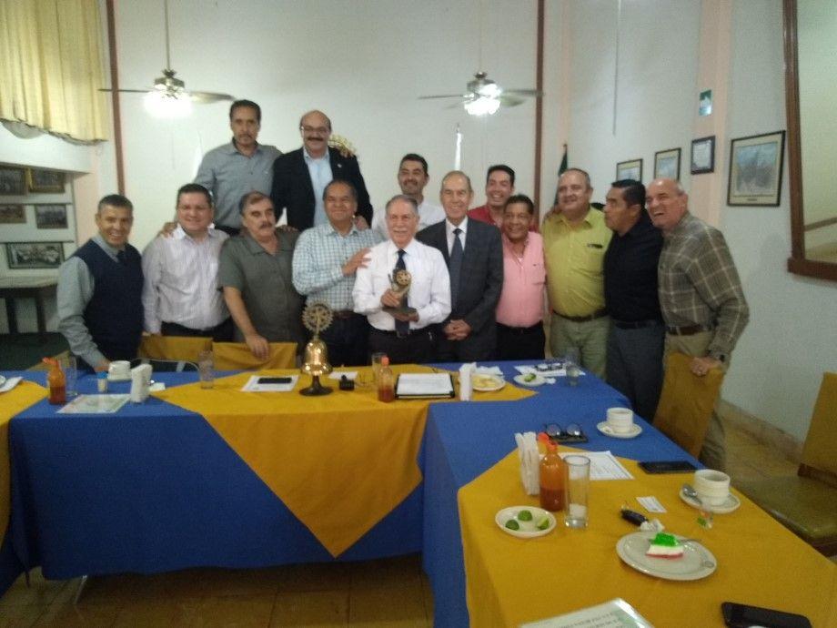 Photo of Julio DiBella Prieto, 30 años al Servicio de los Rotarios