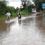 Inunda lluvia a comunidad El Carrizal Grande