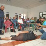 Capacita PC en primeros auxilios a personal de centros de rehabilitación