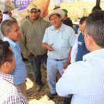 Exponen a agricultores beneficios de cultivos alternativos