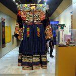 Textiles de la India se exponen en galería de la UG como parte del FIC