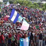 Dejan pasar a Caravana Migrante rumbo a Oaxaca; no hay enfrentamiento