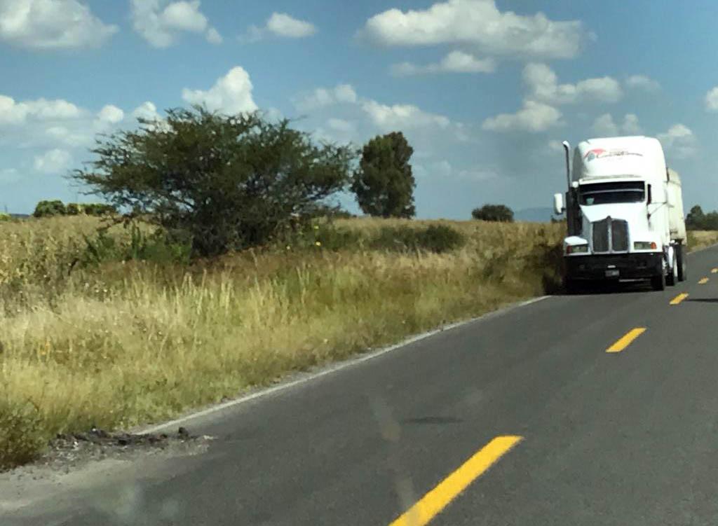 carretera con baches (4)