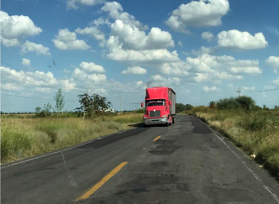 carretera con baches (5)