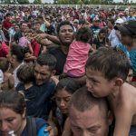 Guatemala y Honduras cierran un paso fronterizo para impedir el cruce de migrantes
