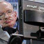 """""""Llegarán los superhumanos"""": Revelan el último temor de Stephen Hawking"""