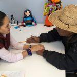Alcaldesa Ana Bueno escucha peticiones de los cueramarenses