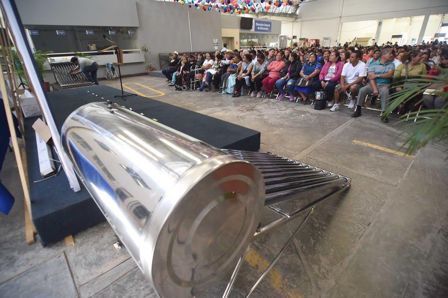 Photo of Continúan programas sociales hasta cierre de año