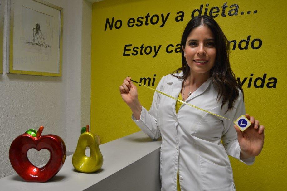Claudia-Talavera-Espinoza-especialista-en-temas-de-nutrici_n-Foto-Cristina-Gallegos-3-Personalizado.jpeg