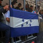 Sale de El Salvador la cuarta caravana migrante hacia EU