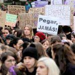 Miles de mujeres en todo el mundo claman 'Ni una menos'