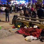 Tijuanenses y migrantes se enfrentan en Playas de Tijuana