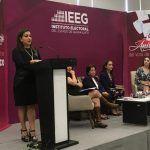 """""""Limpiarte las lágrimas en privado y demostrar tu fortaleza en público"""": Indira Rodríguez"""