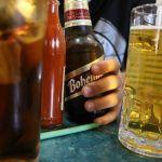 Invierten mexicanos 16% de su aguinaldo en… alcohol