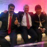 Nicolás Maduro llega a México y no es bien recibido por manifestantes