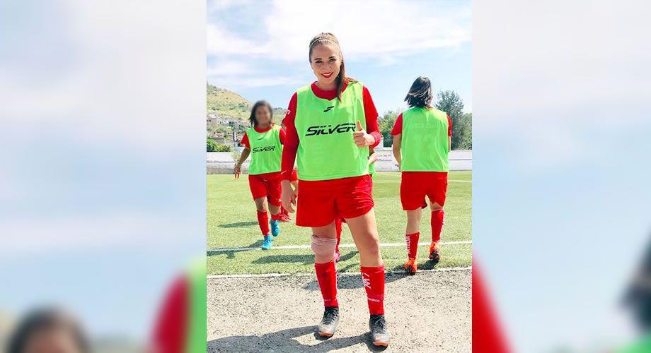 Sthefania Conejo Una Apasionada Y Exitosa Del Futbol Periodico Notus