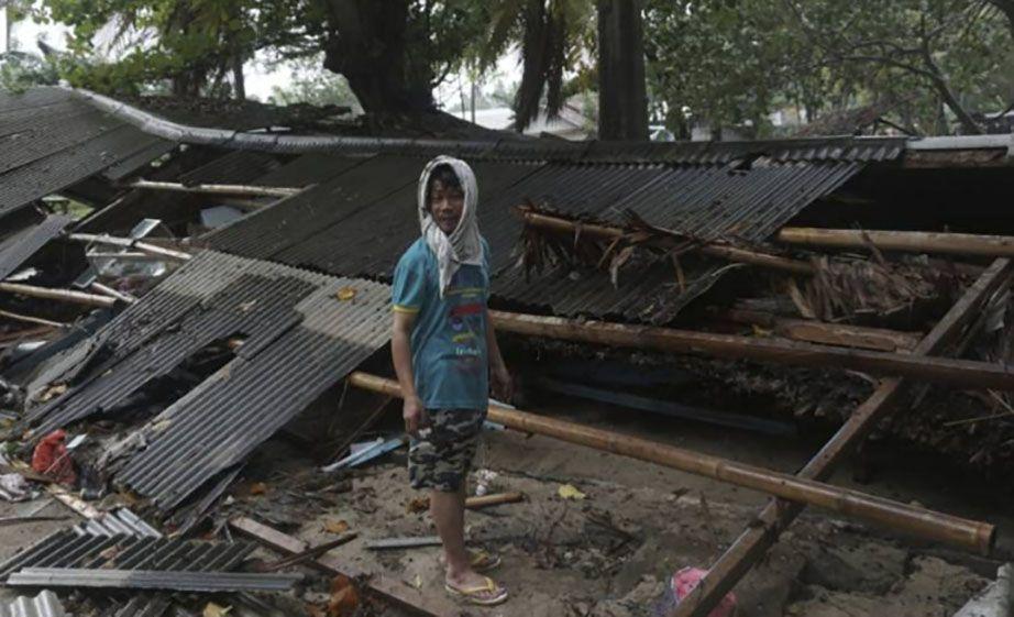 tsunami-indonesia.jpg