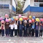 DIF visita colonias y comunidades para entregar cobijas y juguetes