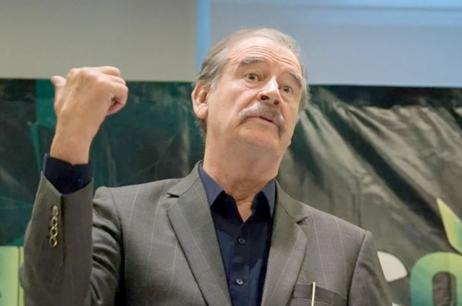 "Photo of Vicente FOX pretende construir ""Foxilandia"" en SMA"