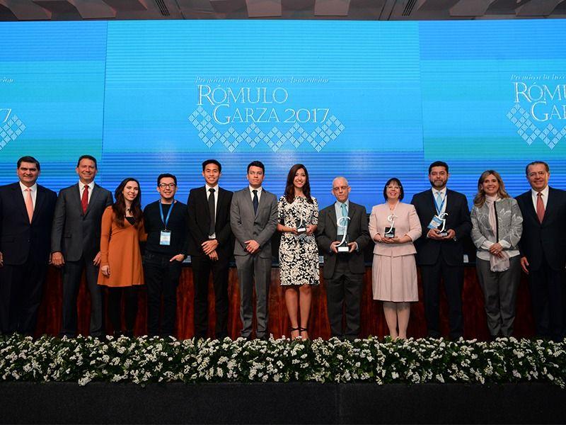 Photo of Tec de Monterrey entrega Premio Rómulo Garza