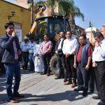 Entrega Presidente Municipal maquinaria pesada a ciudadanía