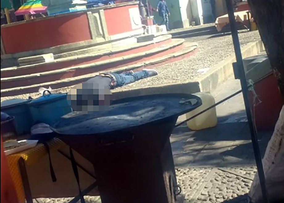 Photo of Asesinan a sujeto en medio de decenas de turistas en Guanajuato capital