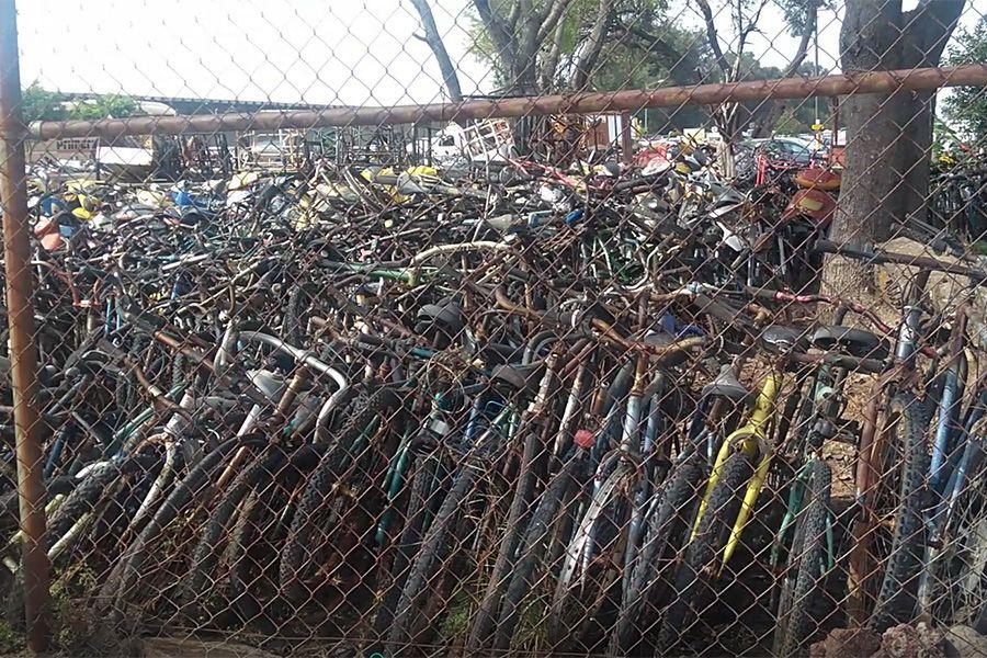 Bicicletas chatarra, en el corralón municipal de Irapuato