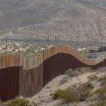 """Trump ve """"interesante"""" la idea de pagar muro con dinero del """"Chapo"""""""