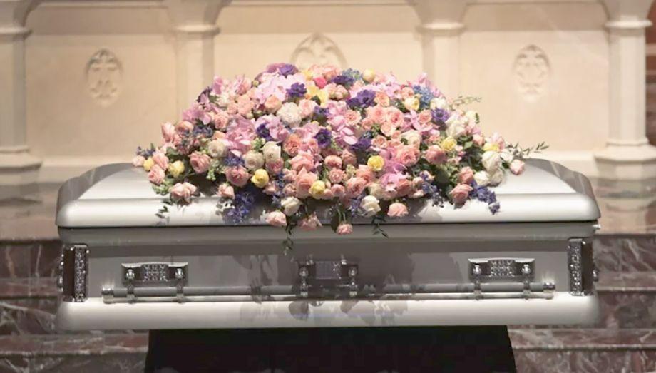 Photo of Entra a robar una funeraria y abusa del cadáver de una mujer