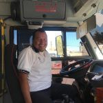 """Juan Carlos lleva 12 años como chófer de una """"combi"""" en Irapuato"""