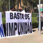 Se manifiestan campesinos en informe de Diego Sinhué
