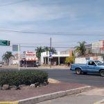 Muchos semáforos pero el peatón…que corra