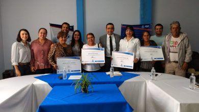 Photo of Mujeres cueramarenses reciben apoyo por 124 mil pesos para sus negocios