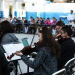 Fomentan gusto musical con visita de orquesta