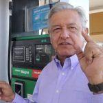 """Exhibe AMLO a gasolineras más """"careras"""""""