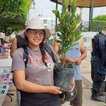 Entrega Ecología 500 árboles y plantas para habitantes de Cuerámaro